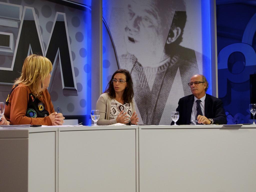 La vicepresidenta de la Xarxa EAPN CV, Sonia Márquez, a l'espai Raonem de Levante TV